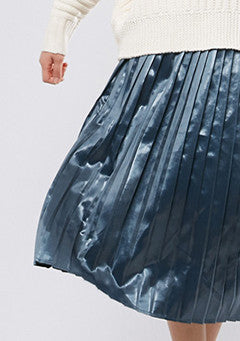 Glossy Pleated Skirt