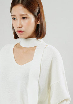 Neck Line Pointed Knit