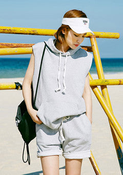 Over Hoody Sleeveless