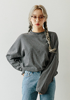 Loose Fit Simple Stripe Tee