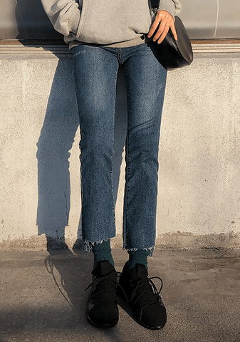 Unbalanced Daily Crop Jeans