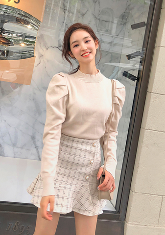 Delightful Puff Shoulder Knit Top