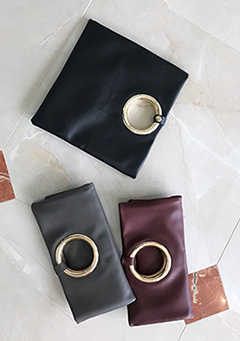 O-Ring Leather Clutch