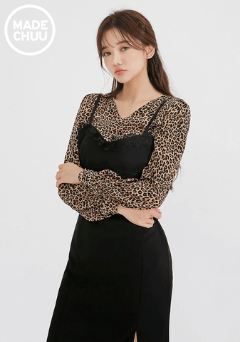 Trendy V-Neck Leo Blouse