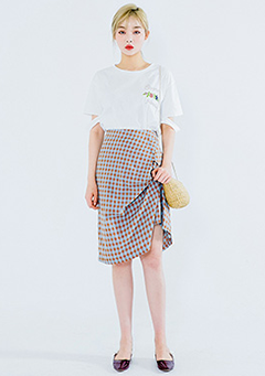 Vivid Check Drape Skirt