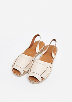 Free Point Sandals
