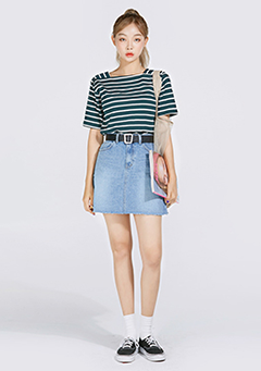 Raw Hemmed A-Line Mini Denim Skirt