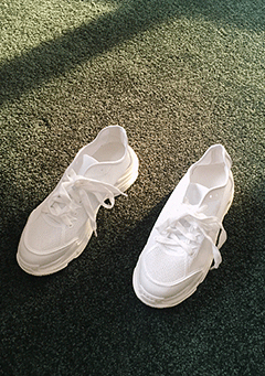 Modest Pearl White Trainers