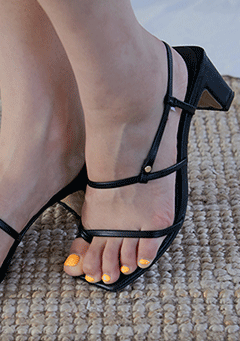 Strap Square Middle Heeled Sandal