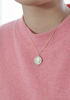 Coin Round Necklace