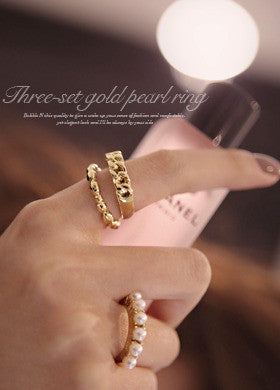 BUBBLE N CHIC<BR>Gold Ring With Pearl Chain 3 Sets