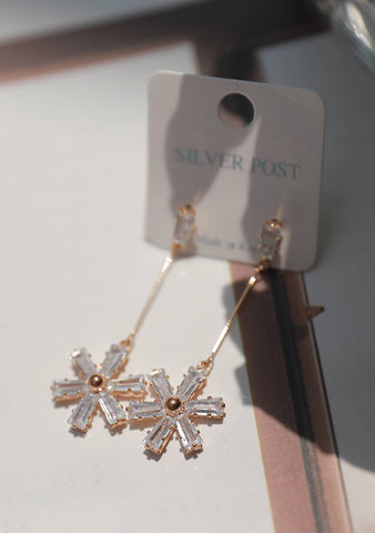 Snow Flowers Pendant Earrings