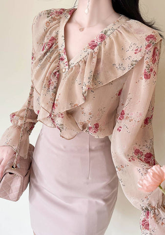 Whatever Will Be Will Be Flower Blouse