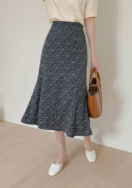 The Spring Smiles Flower Printed Skirt