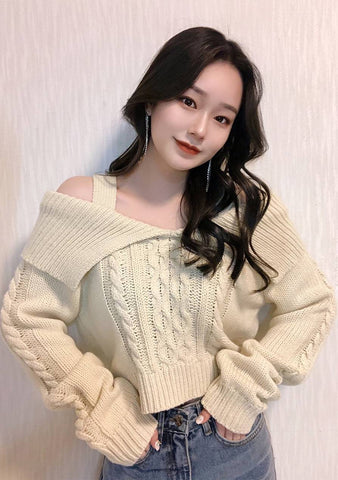 Je Tadore Open Shoulder Knit Sweater