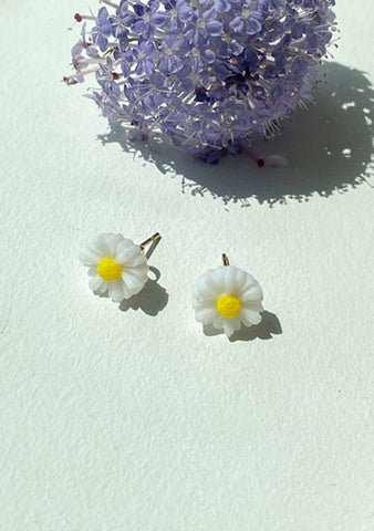 I Love You Daisies Earrings