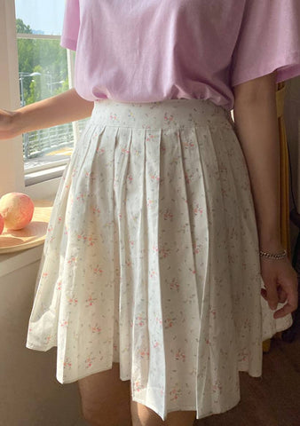 Sweet Ballerina Flower Pleated Skirt