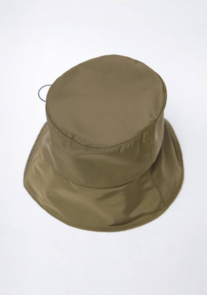 Simple String Bucket Hat