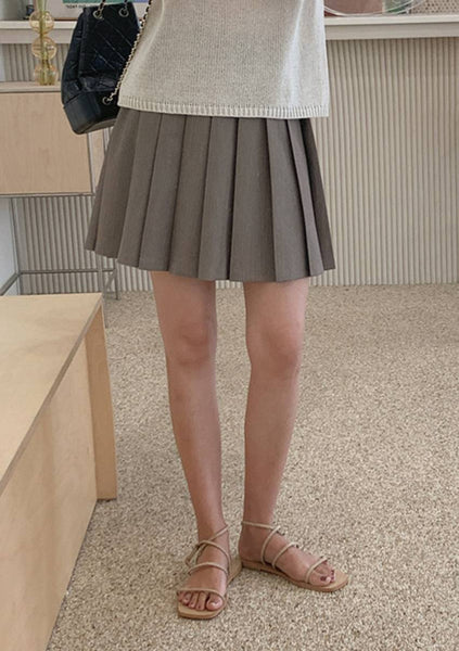 Setting The Tone Pleated Skirt