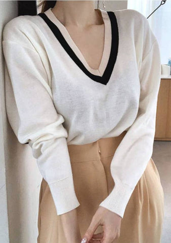 Dare To Live My Dream V-Neck Knit Top