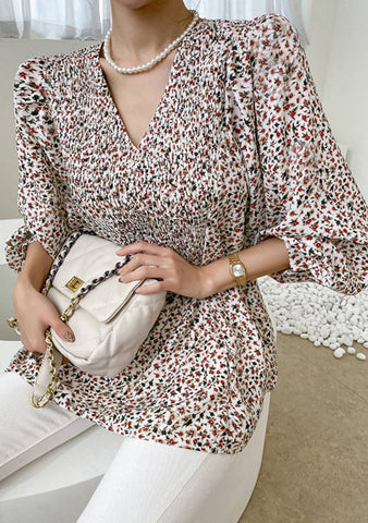 Box Of Dreams Puff Leo Print Blouse