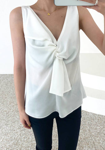 Lets Have A Dream Sleeveless Blouse