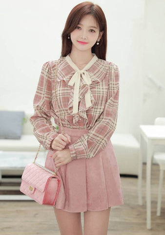 Something That Finds You Ribbon Check Blouse