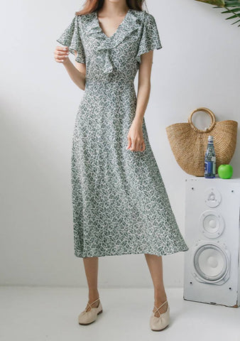 Life At Peace Flowers Collar Dress
