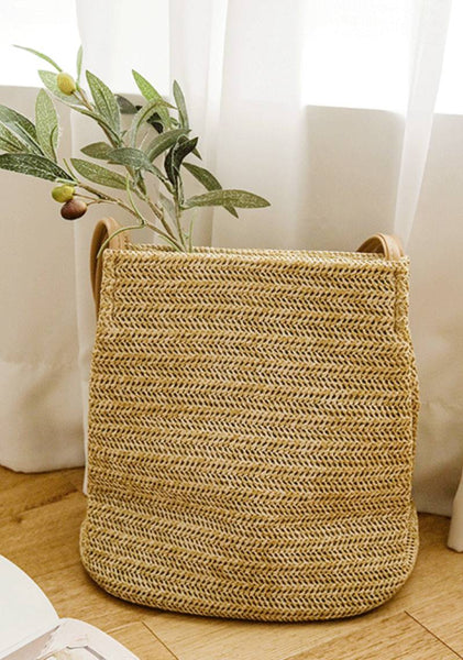 Slowly Learning Straw Bucket Bag