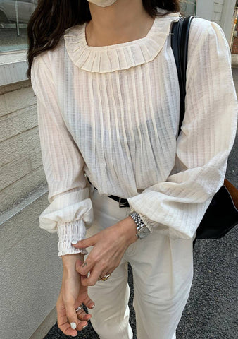 Love Poem Pleats Blouse