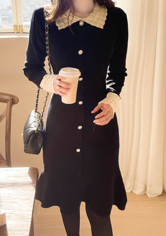 Grand Piano Button Knit Dress