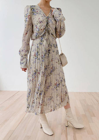 Early Spring Pleated Flower Dress