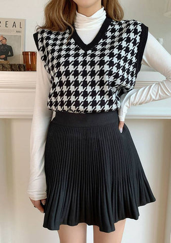 I Miss You Houndstooth Knit Vest
