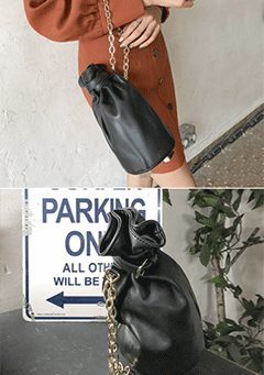 Surfer Parking Bucket Bag