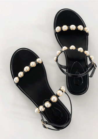 Queen Of Pearls Shoes