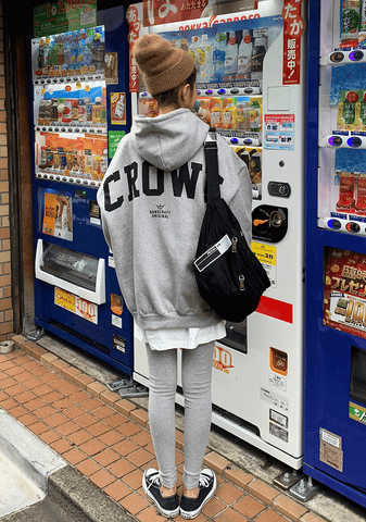 Crown Back Lettering Napped Hoodie
