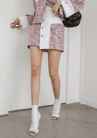 Buttoned Mini Tweed Skirt