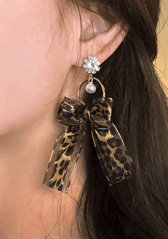 Leopard Ribbon Drop Earring