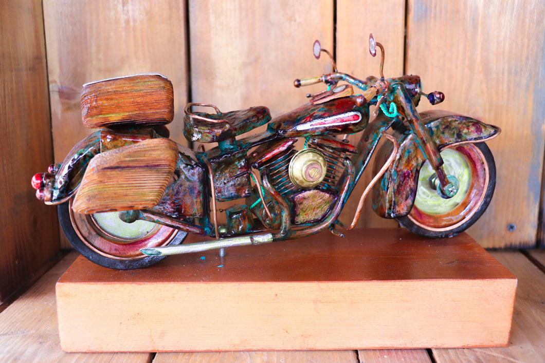 Hippy Hog - Handcrafted motorcycle art