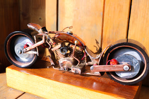 Dirty Low Down - Handcrafted motorcycle art