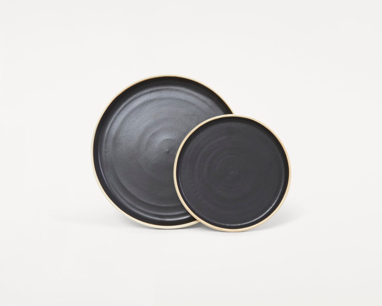 Otto Plate Black | Set of two