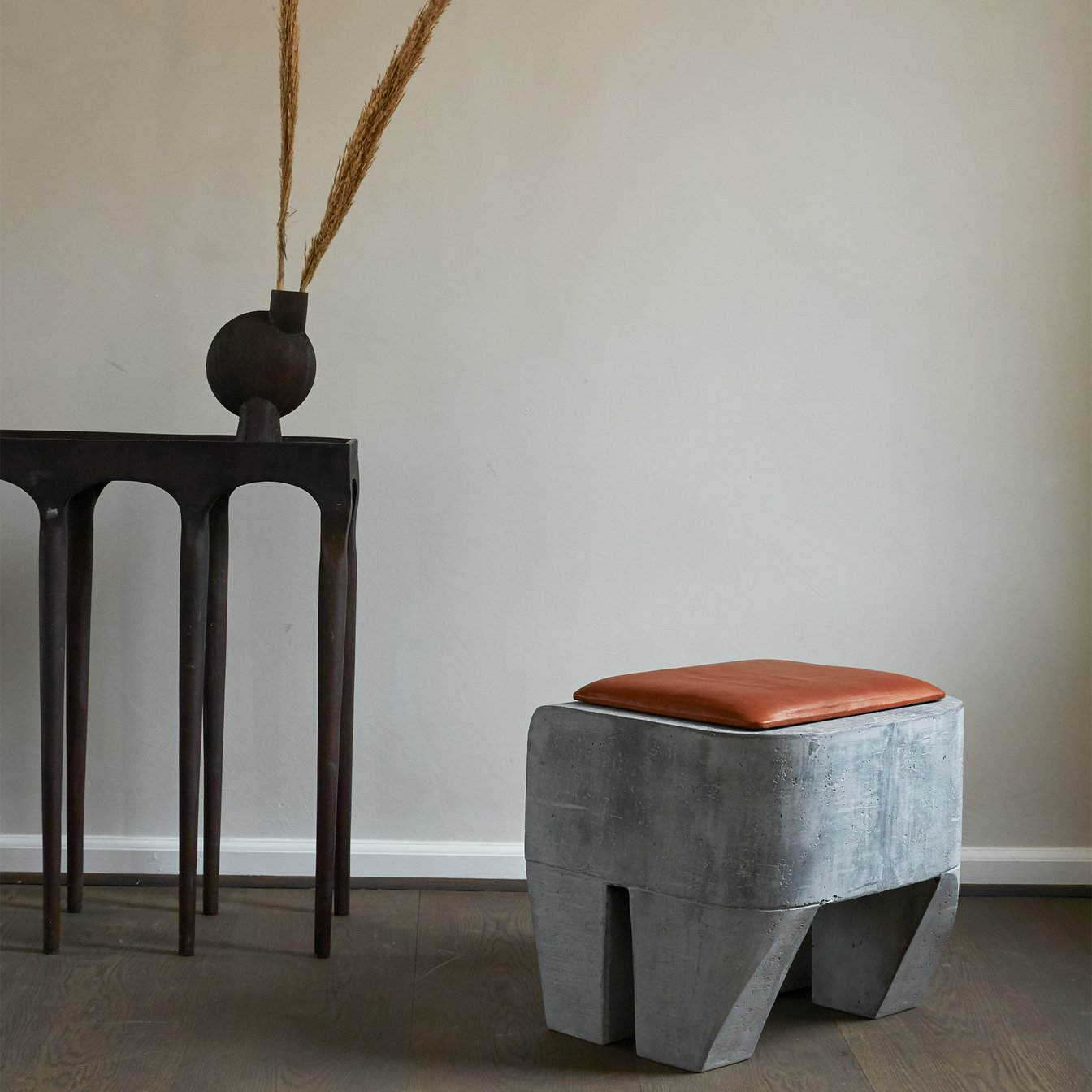 Sculpt Stool