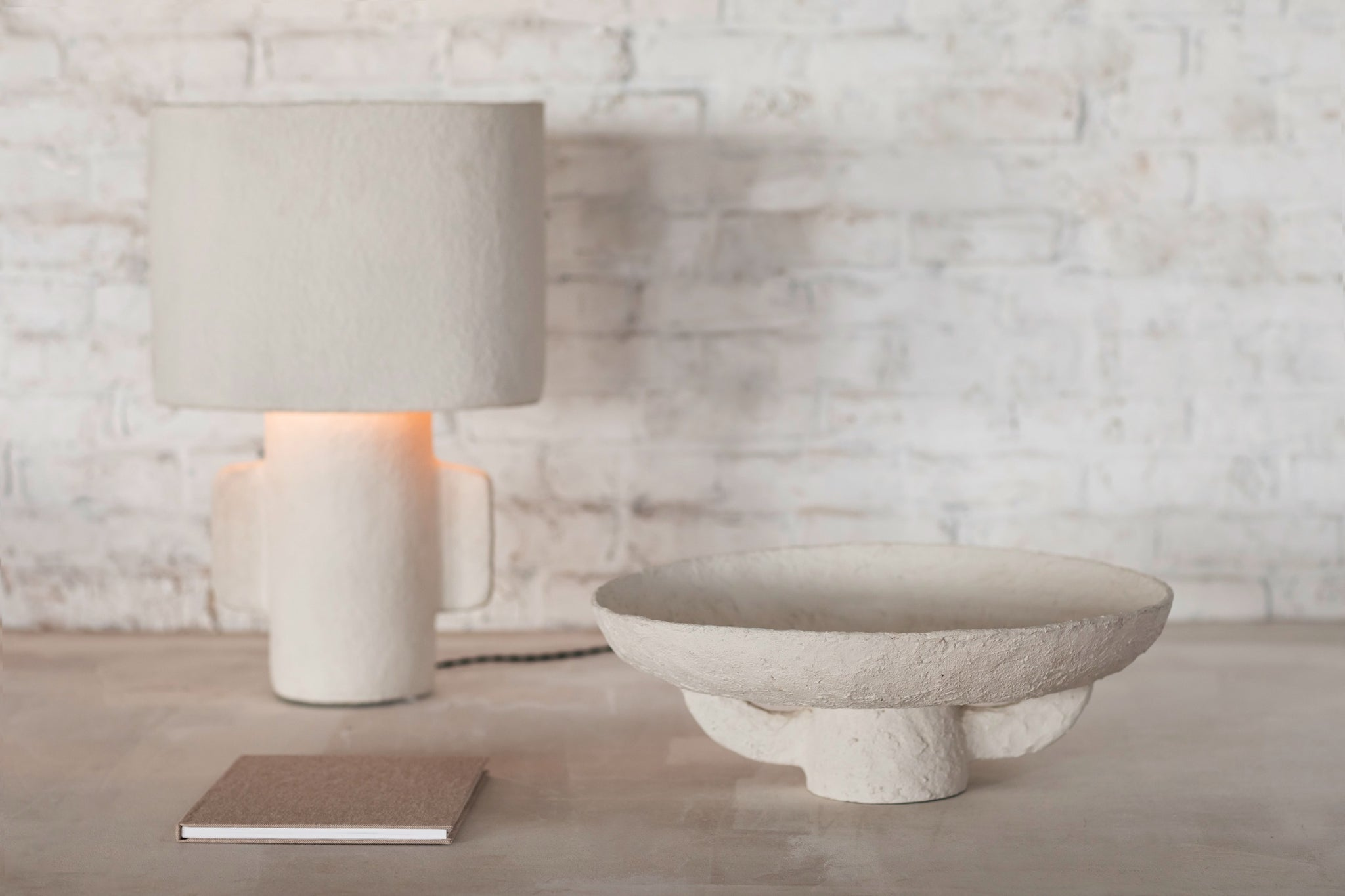 Table Lamp Earth  White