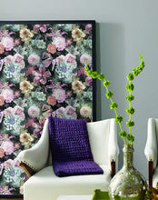Load image into Gallery viewer, VINTAGE FLORAL BLOOMS PEEL & STICK WALLPAPER