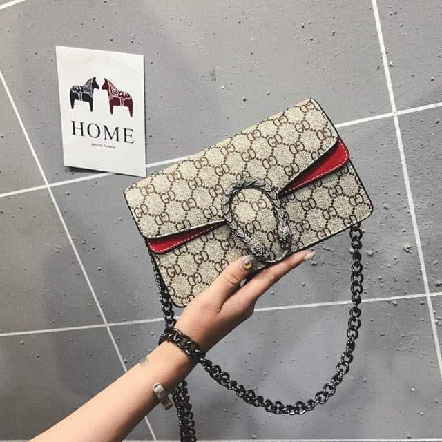 High quality luxury lady  bag 2019 New Retro PU lock lady Single Shoulder Bag Fashion printing chain oblique Bag