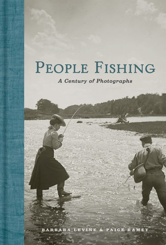 People Fishing  by Barbara Levine (By (photographer)) - 9781616896546