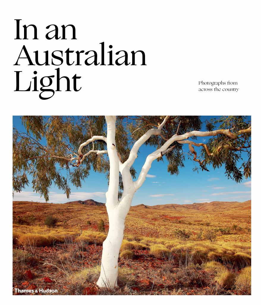 In an Australian Light  by Jo Turner (Contribution by, Editor) - 9781760760472