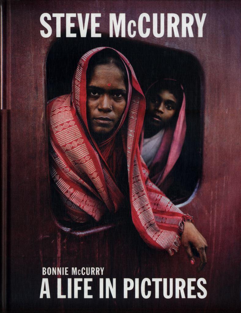 A Life in Pictures  by Steve McCurry - 9781786272355