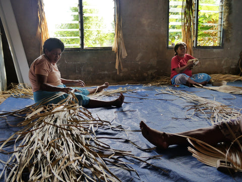 Fijian pandanus plant weavers working together as a community endeavour - Tali Tali | Eco Yoga Store