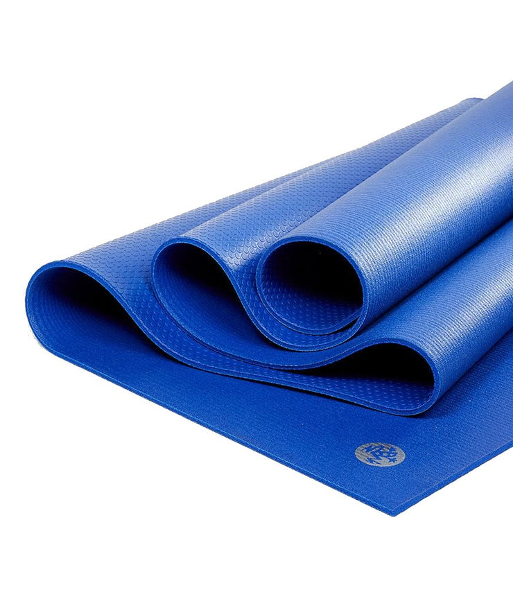 Manduka PRO 6mm Yoga Mat - Sage - folded | Eco Yoga Store